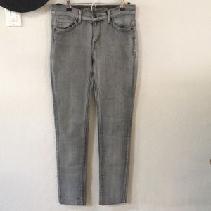 Levi's gray/black faded jeans